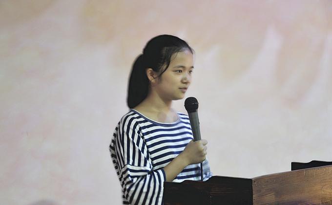 艺知艺考教育美术班代表植小小同学发言